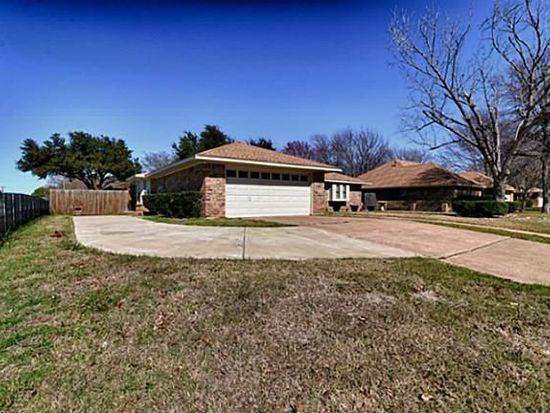 1001 Hazelwood Dr, Mansfield, TX 76063