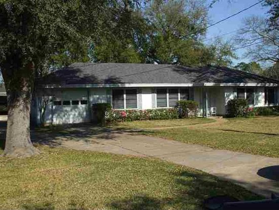 842 Goodwin Ave, Port Neches, TX 77651