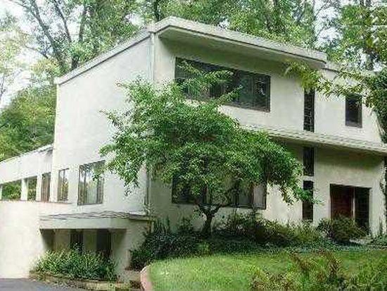1918 Ridgewood Rd, Akron, OH 44313