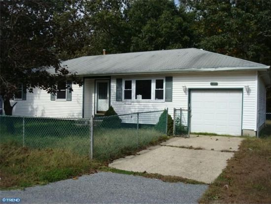 134 Hargrove Ave, Browns Mills, NJ 08015