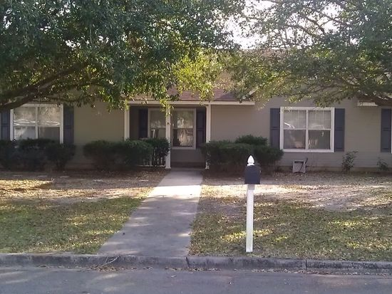 221 Jennifer Cir, Valdosta, GA 31605