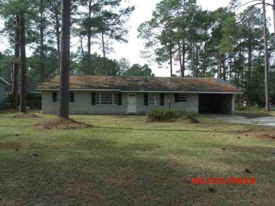 1424 10th St SW, Moultrie, GA 31768