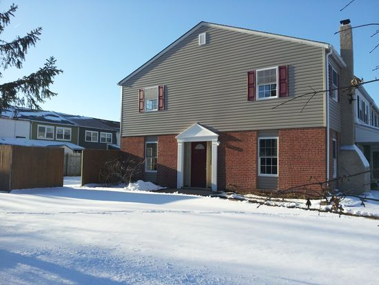 211 Jefferson Ct, Quakertown, PA 18951