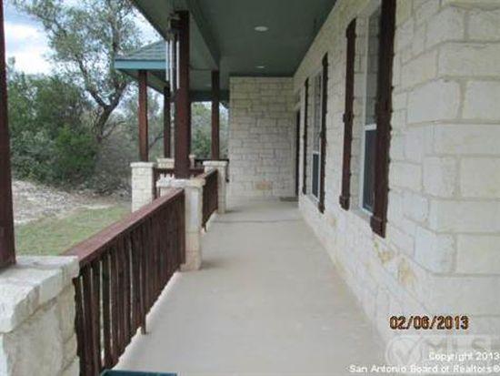 303 County Road 2651, Rio Medina, TX 78066