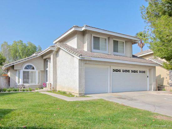 1260 Oakcrest Cir, Corona, CA 92882