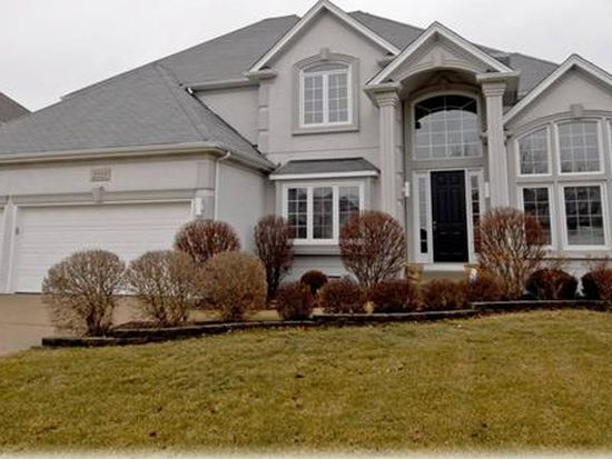 2223 Sisters Ave, Naperville, IL 60564