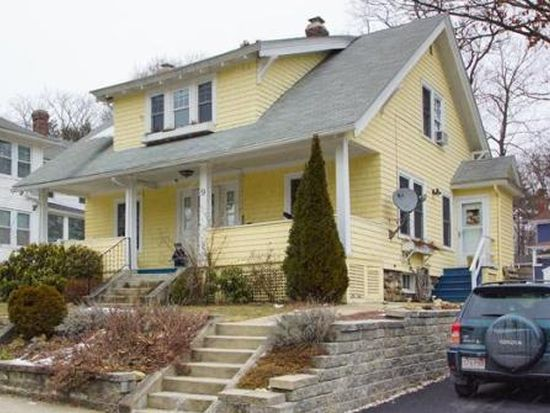 9 Dellwood Rd, Worcester, MA 01602