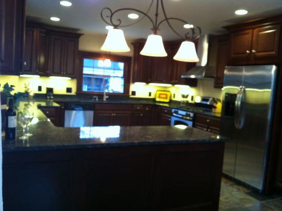 3381 Dorchester Rd, Shaker Heights, OH 44120
