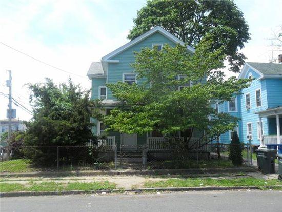 9 Hayes St, Bridgeport, CT 06608