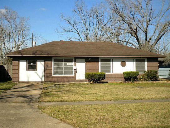 12105 Palmbeach St, Houston, TX 77034
