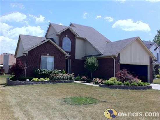 52414 Ford Ln, Chesterfield, MI 48047