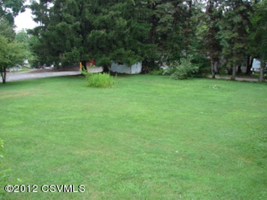 30 Perry Ave, Bloomsburg, PA 17815