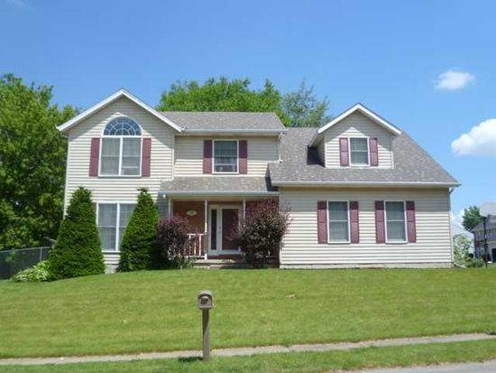 5905 Appomattox Rd, Davenport, IA 52806