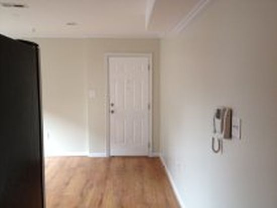1310 Congress St SE APT 301, Washington, DC 20032