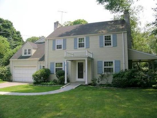 8 Durkin Pl, Riverside, CT 06878