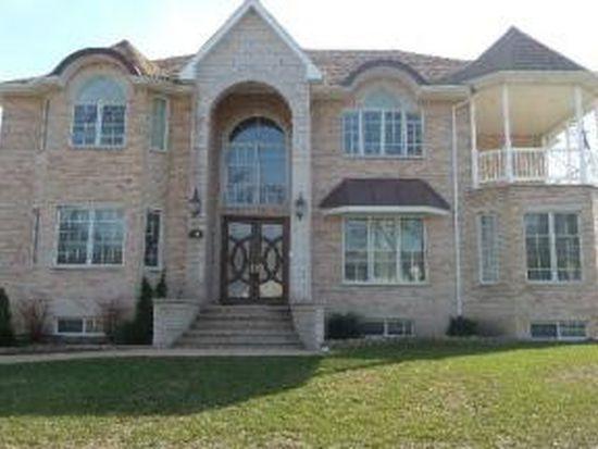 425 Frederick Ln, Hoffman Estates, IL 60169