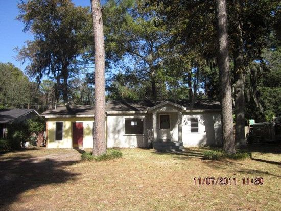 709 Oak Bluff Rd, Brunswick, GA 31523