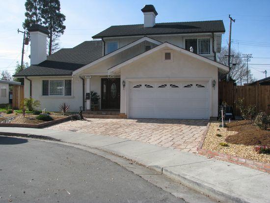 950 Rose Ct, Santa Clara, CA 95051