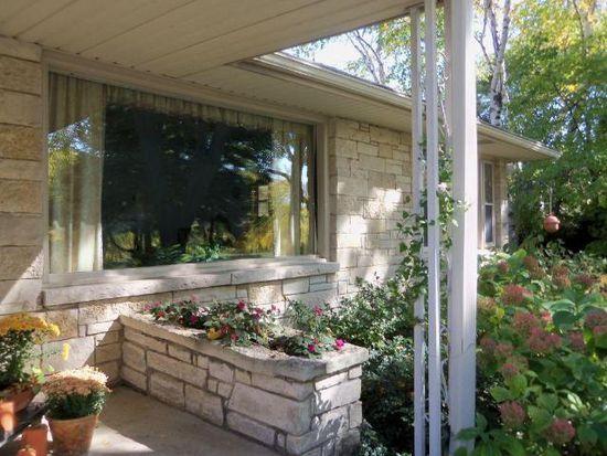 7740 W Honey Creek Pkwy, West Allis, WI 53219