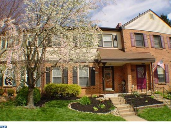 62 Coventry Ln, Langhorne, PA 19047