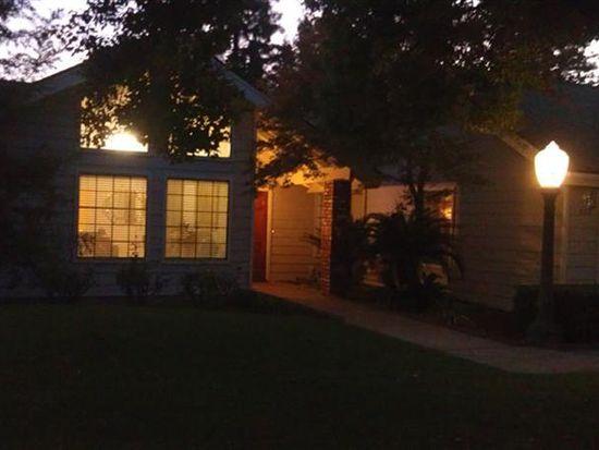 538 W Sample Ave, Clovis, CA 93612
