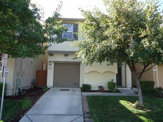 2379 Snowberry Cir, West Sacramento, CA 95691