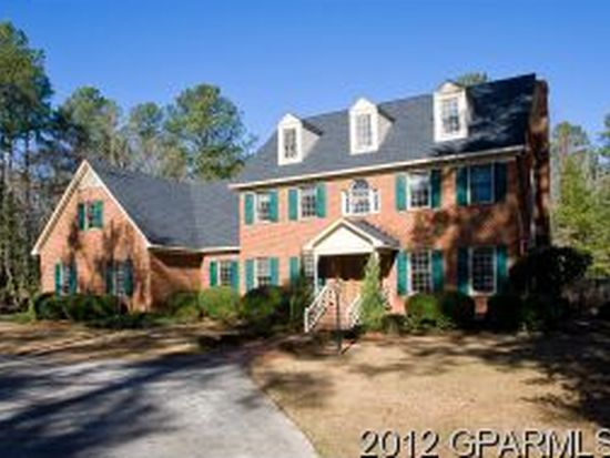 1345 Doris Cir, Greenville, NC 27858
