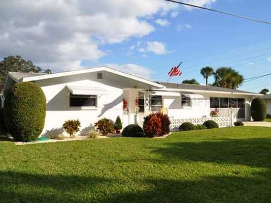 81 Stratford Rd, Englewood, FL 34223