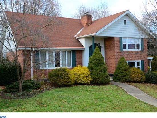 2311 Wassner Dr, West Lawn, PA 19609