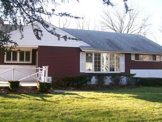 35 Fairway Dr, Yardley, PA 19067