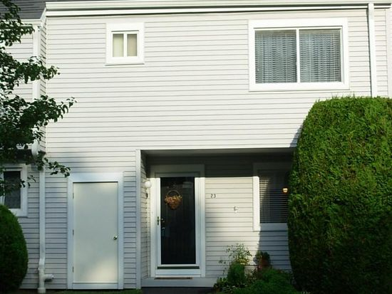 23 Country Pl, Shelton, CT 06484