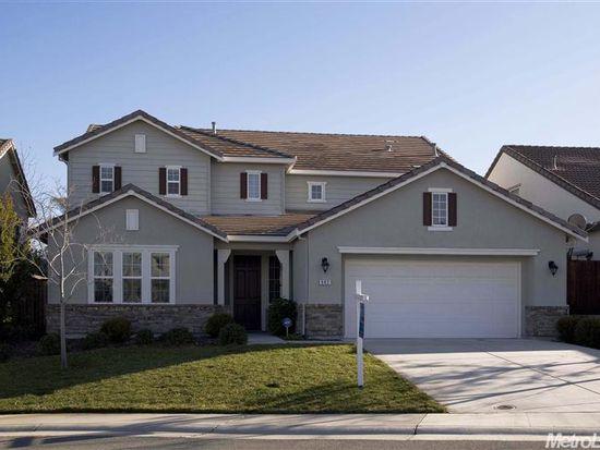 902 Flatiron Ct, Rocklin, CA 95765