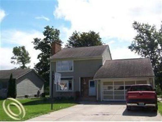 4229 Violet Ave, Saint Clair, MI 48079