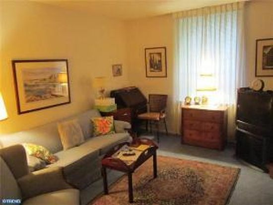 264 Montgomery Ave APT 103, Haverford, PA 19041