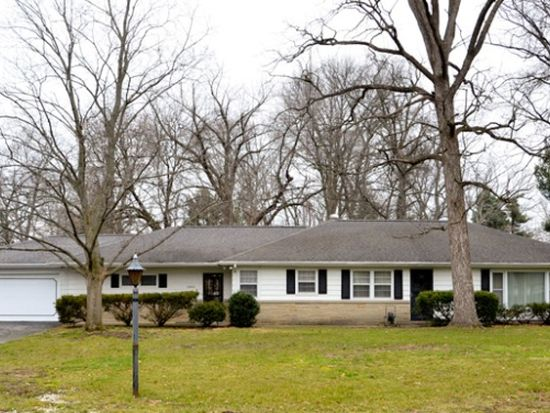2803 Martin Manor Dr, Goshen, IN 46526