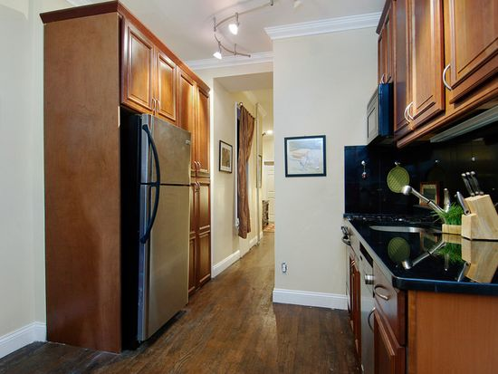 514 E 82nd St APT 2W, New York, NY 10028