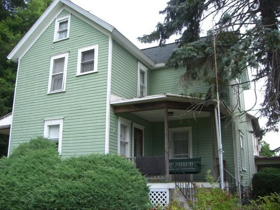 12591 Vernon St, Meadville, PA 16335