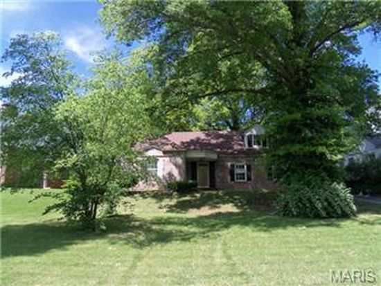 22 Green Acres Rd, Saint Louis, MO 63137