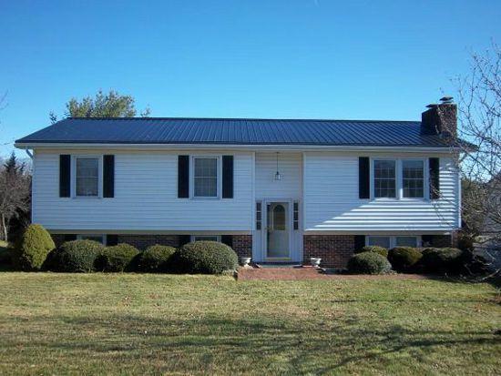 1230 Meadow Lark Dr, Wytheville, VA 24382