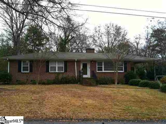 17 Lisa Dr, Greenville, SC 29615