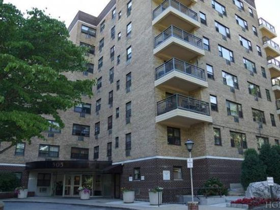 505 Central Ave APT 824, White Plains, NY 10606
