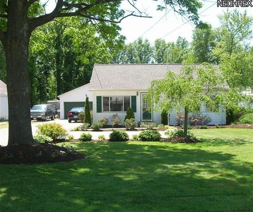 26905 Cook Rd, Olmsted Twp, OH 44138