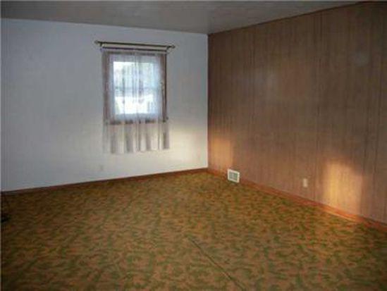 1940 S Eighty Eight Rd, Greensboro, PA 15338