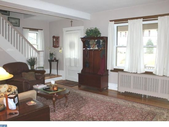 2160 Oakdale Ave, Glenside, PA 19038