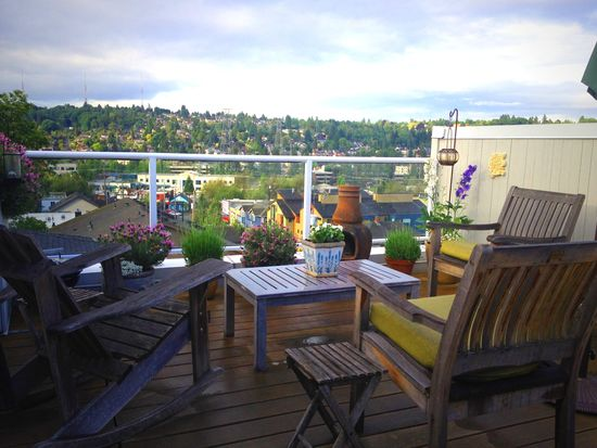 3658 Dayton Ave N APT 401, Seattle, WA 98103