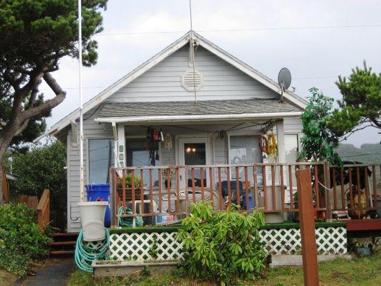 380 N Pacific St, Rockaway Beach, OR 97136