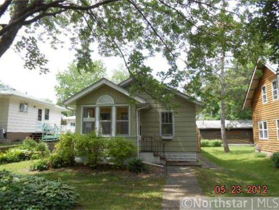 1851 Carl St, Roseville, MN 55113