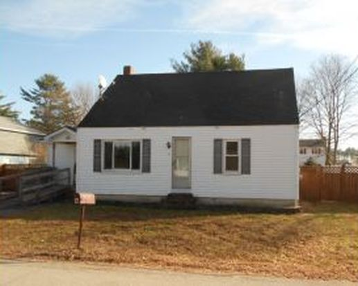 4 Janet St, Rochester, NH 03867