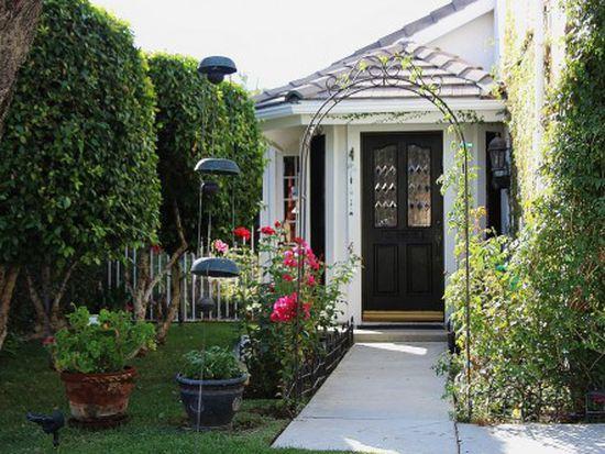 343 Southridge Dr, Oak Park, CA 91377