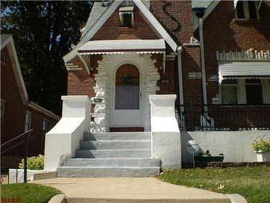 8739 Northcrest Ln, Saint Louis, MO 63147